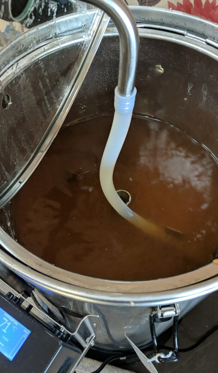 Lid off of the grainfather to try and reduce the mash temperature more quickly